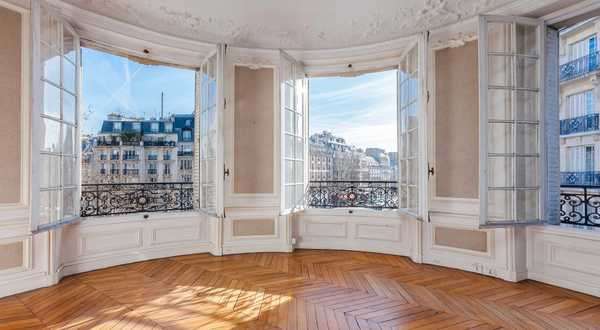 Use the expert eye of an architect / real estate professional before purchasing a new house or apartment in Montpellier.